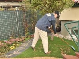 Údržba umelej trávy
